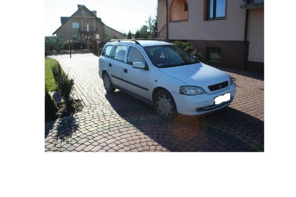 Sprzedam Opel Astra Club Kombi 2001 Rok