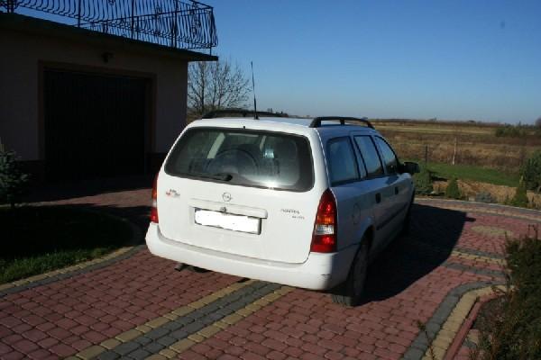 Sprzedam Opel Astra Club Kombi 2001 Rok 4